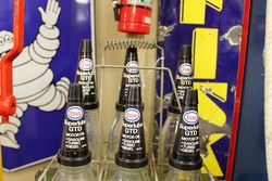 6 Oil Bottle Wire Rack With Esso Superlube Tops