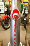 A Stunningly Restored GEX Letterbox Petrol Pump In Texaco Livery