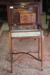 Bijouterie Collectors Cabinet