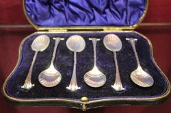 Boxed Set of 6 Silver Spoons London 1905 06