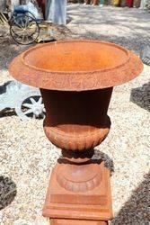 Cast Iron Romano Urn on Tudor Base