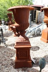 Cast Iron Romano Urn on Tudor Base