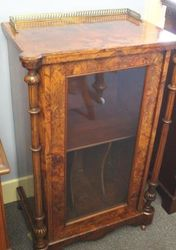 Fine Quality Rosewood Music Cabinet