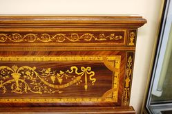 Inlaid 6ft Bed