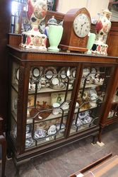 Quality 2 Door Mahogany Display Cabinet English C1920