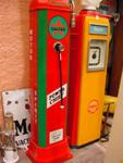 SUPERBLY RESTORED GEX CALTEX PETROL PUMP--- PP24