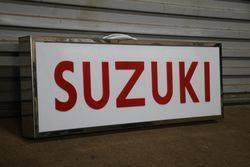 Suzuki Lightbox