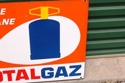 Total Gaz Post Mount Enamel Sign